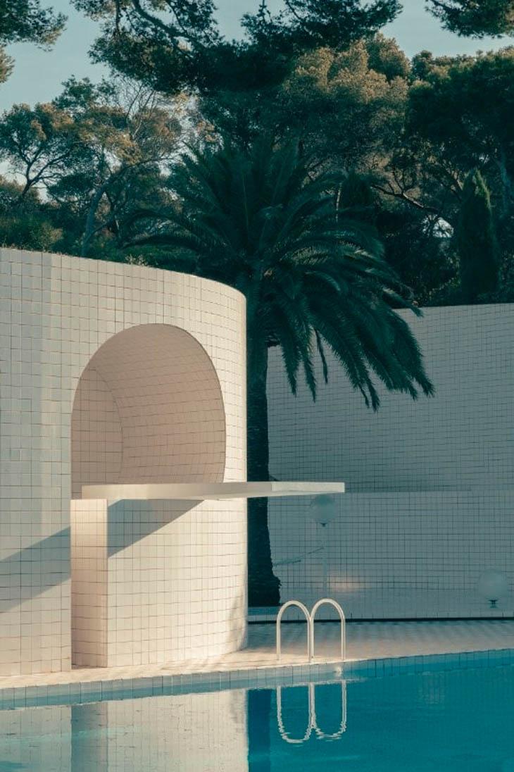 """Domestic Pools"""" At Villa Noailles - Bmiaa à Piscine De Loos"""