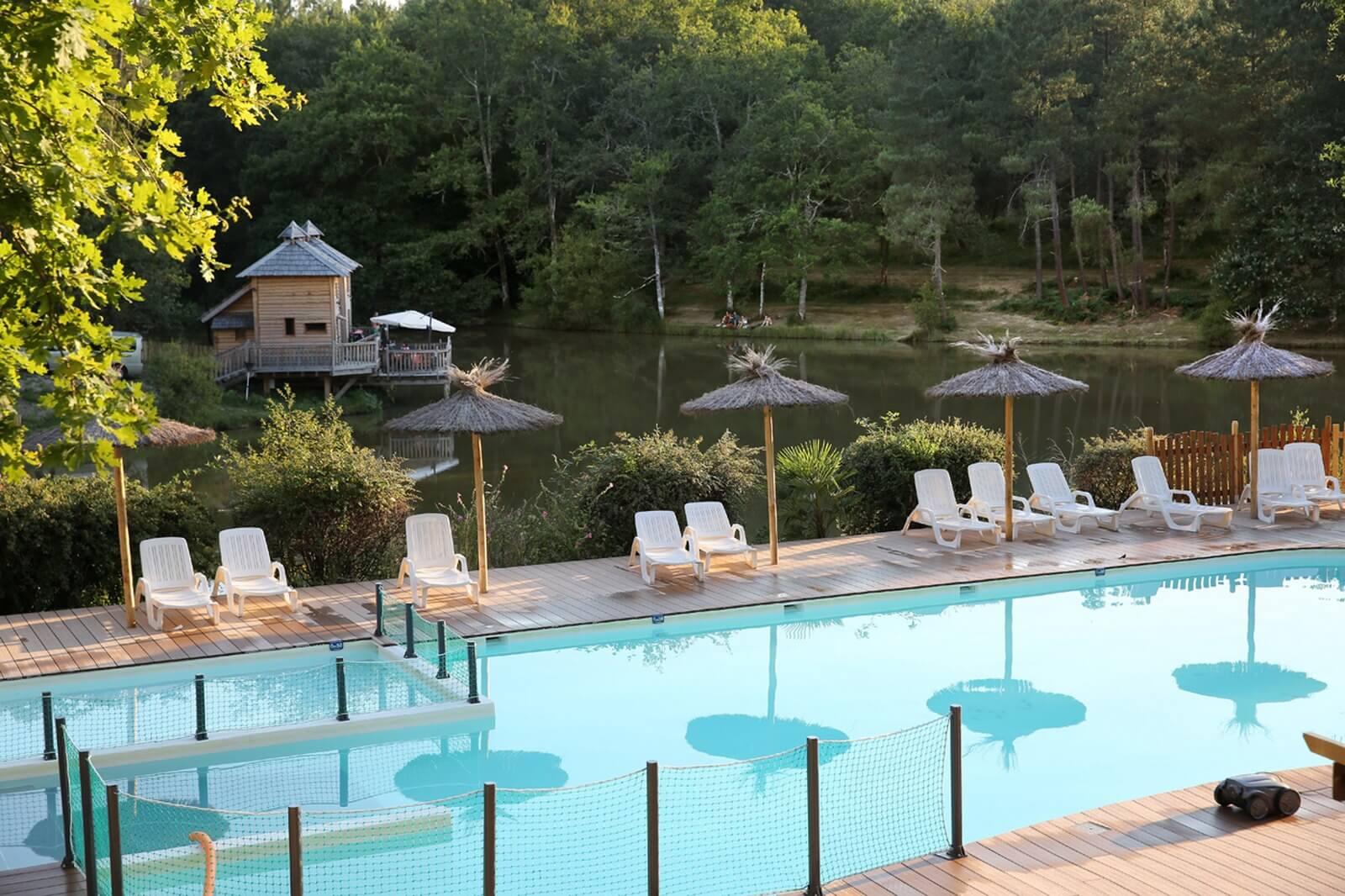 Dordogne Camping Campsite Swimming Pool - Etang De Bazange**** avec Horaire Piscine Bergerac