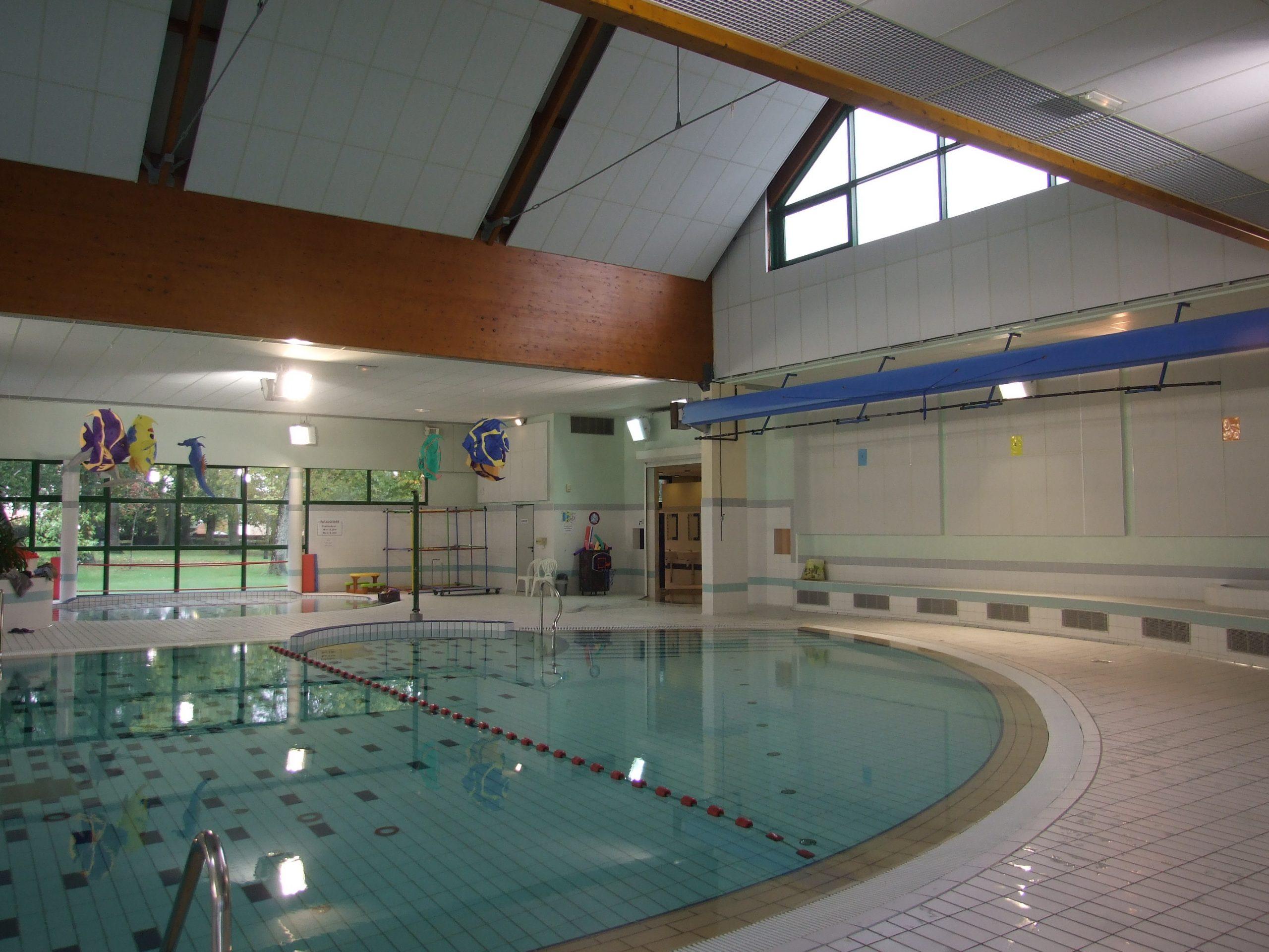 Dufisol: Faux Plafonds Pour Salles De Sport Et Gymnases dedans Piscine Bourgonnière