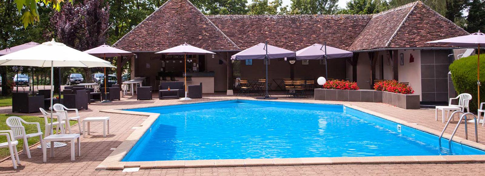 → Hotel And Restaurant In Avallon | Relais Fleuri | 3 Star ... intérieur Piscine Avallon
