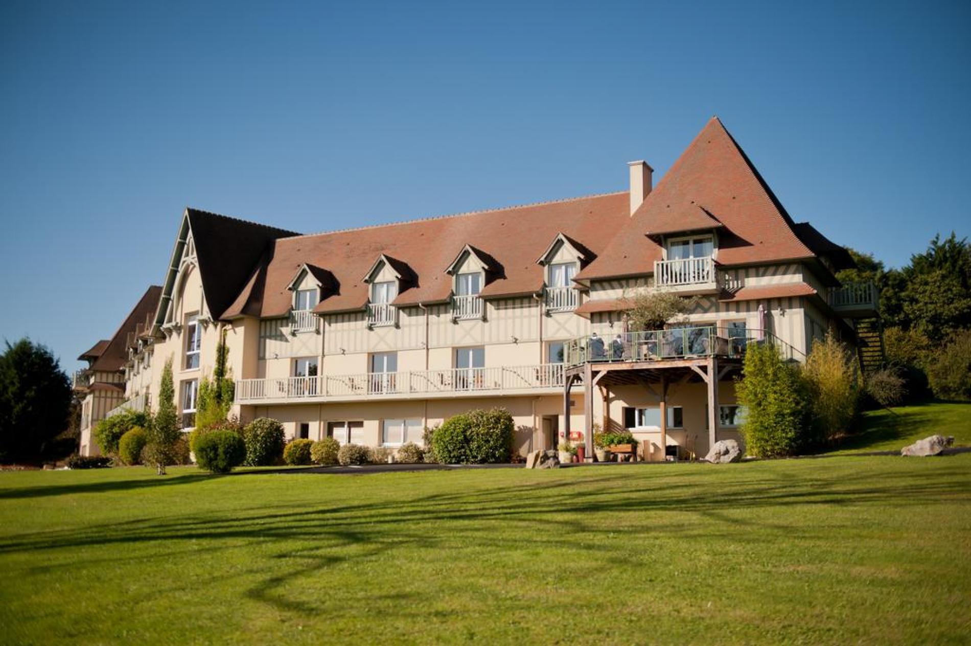 ∞ Hotel Deauville – Hôtel Restaurant Vue Mer Avec Piscine ... tout Horaires Piscine Deauville