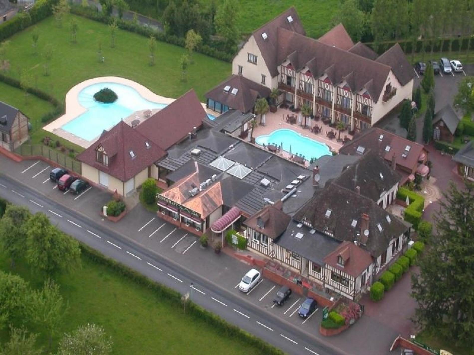 ∞ Spa Deauville Saint Gatien Spa Avec Piscine Au Clos Saint ... concernant Horaires Piscine Deauville