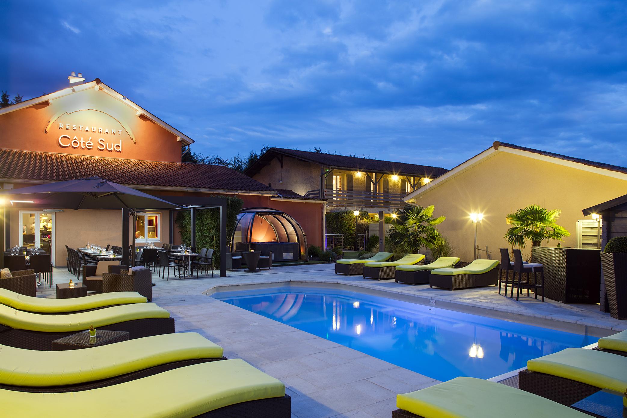 ∞Les Pierres Dorées, Hotel With Pool Near Lyon avec Hotel Avec Piscine Ile De France