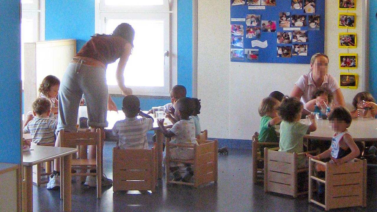École Maternelle Publique Rose Orain Couëron avec Piscine Coueron