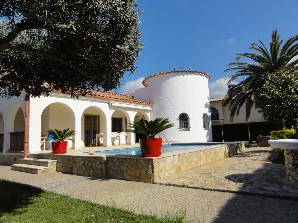 Empuriabrava : Locations Entre Particuliers tout Location Maison Espagne Avec Piscine Pas Cher