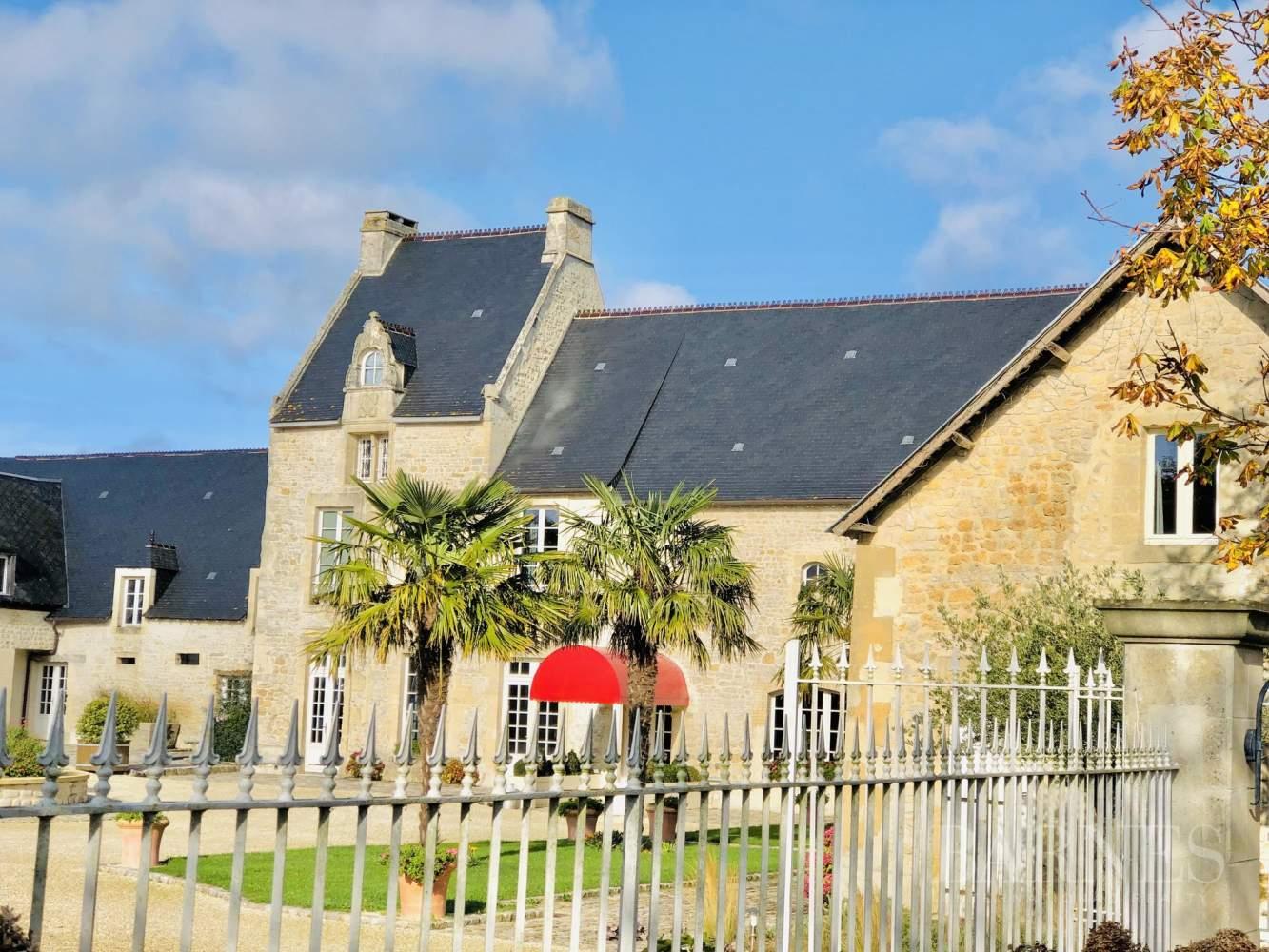 Entre Bayeux Et La Mer, Manoir Du Xviième Siècle (11 ... tout Piscine Bayeux