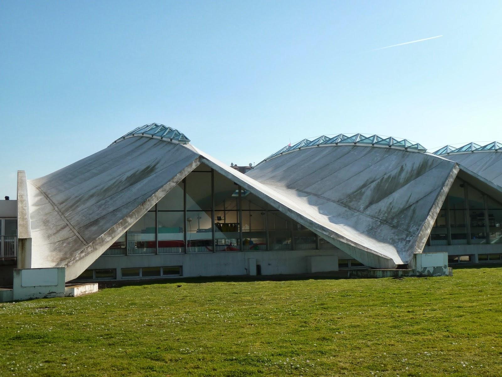 Entrevoir: Deauville, Piscine Olympique - 1966 R. Taillibert encequiconcerne Piscine Olympique Deauville