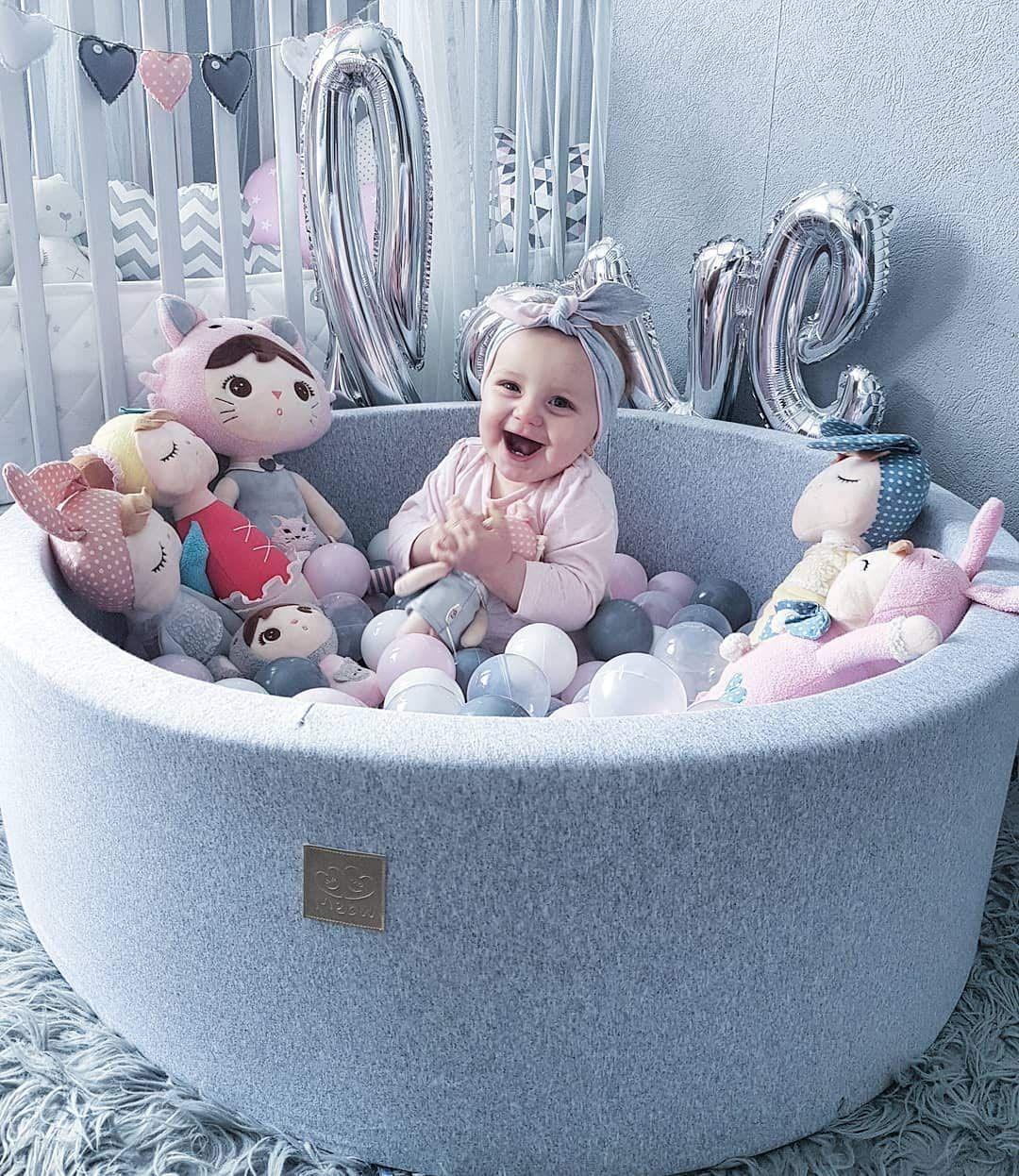 Épinglé Sur Baby Room dedans Piscine Bebe 2 Mois