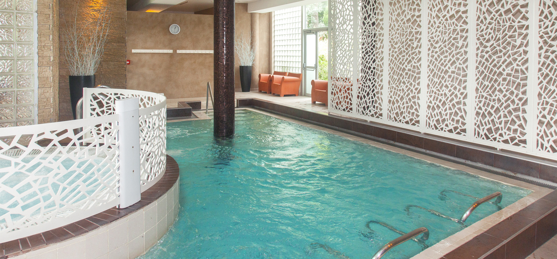 Espace Bien-Être De L'hôtel : Balnéo-Spa - Quintessia Resort serapportantà Piscine Orvault