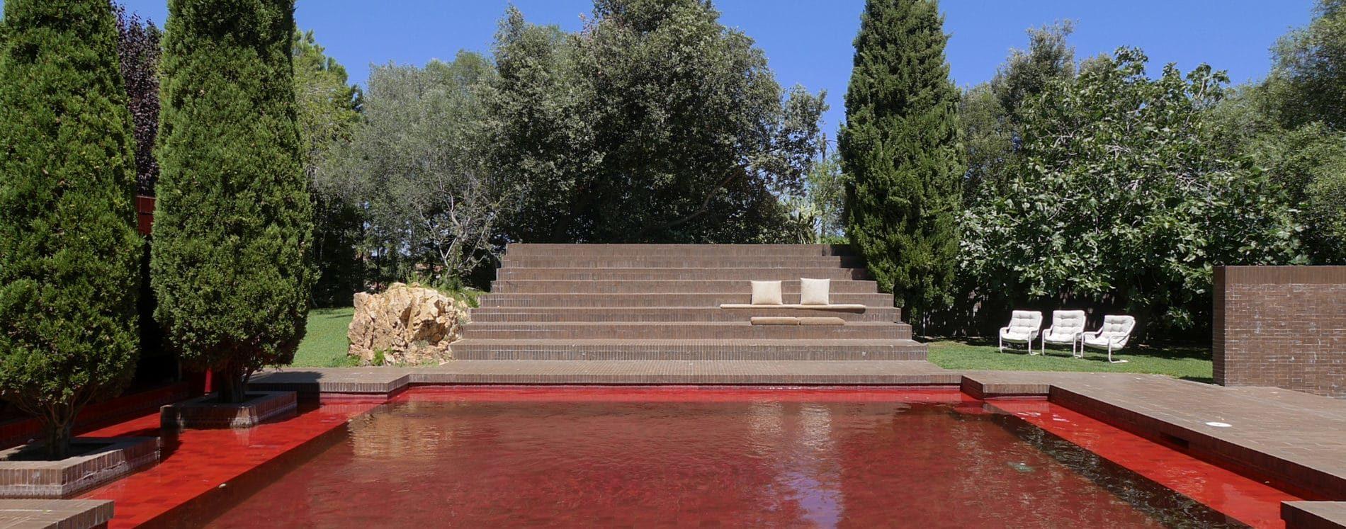 Expo : La Villa Noailles Retrace L'histoire Architecturale ... intérieur Piscine De Loos