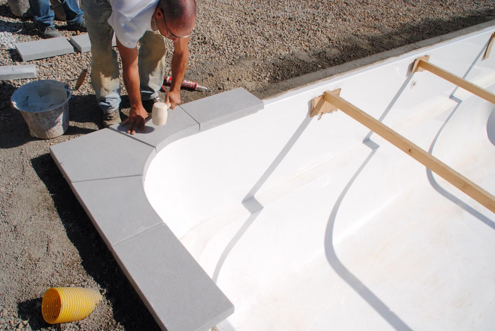 Fabrication De Coque Piscine Pas Chère Béziers 34500 ... à Ceinture Piscine