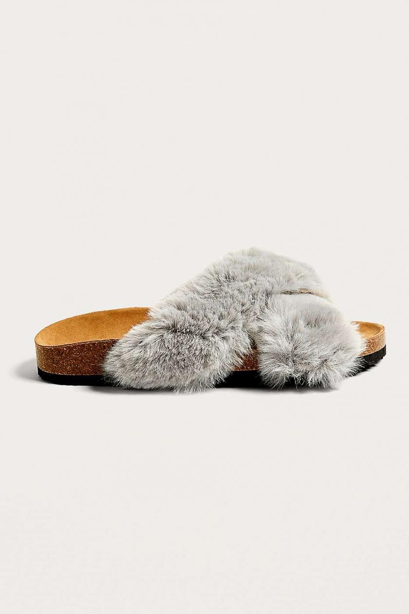 Femme Sandales De Piscine Fae Croisées En Fausse Fourrure Gris, Urban  Outfitters Gris Sandales Et Claquettes pour Sandales De Piscine