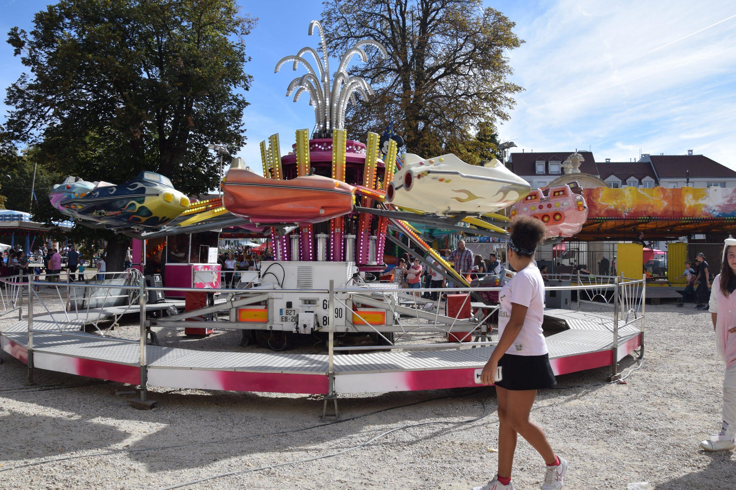 Fête Foraine | Ville-Sucy.fr, Site Officiel De La Ville De ... destiné Piscine De Sucy En Brie
