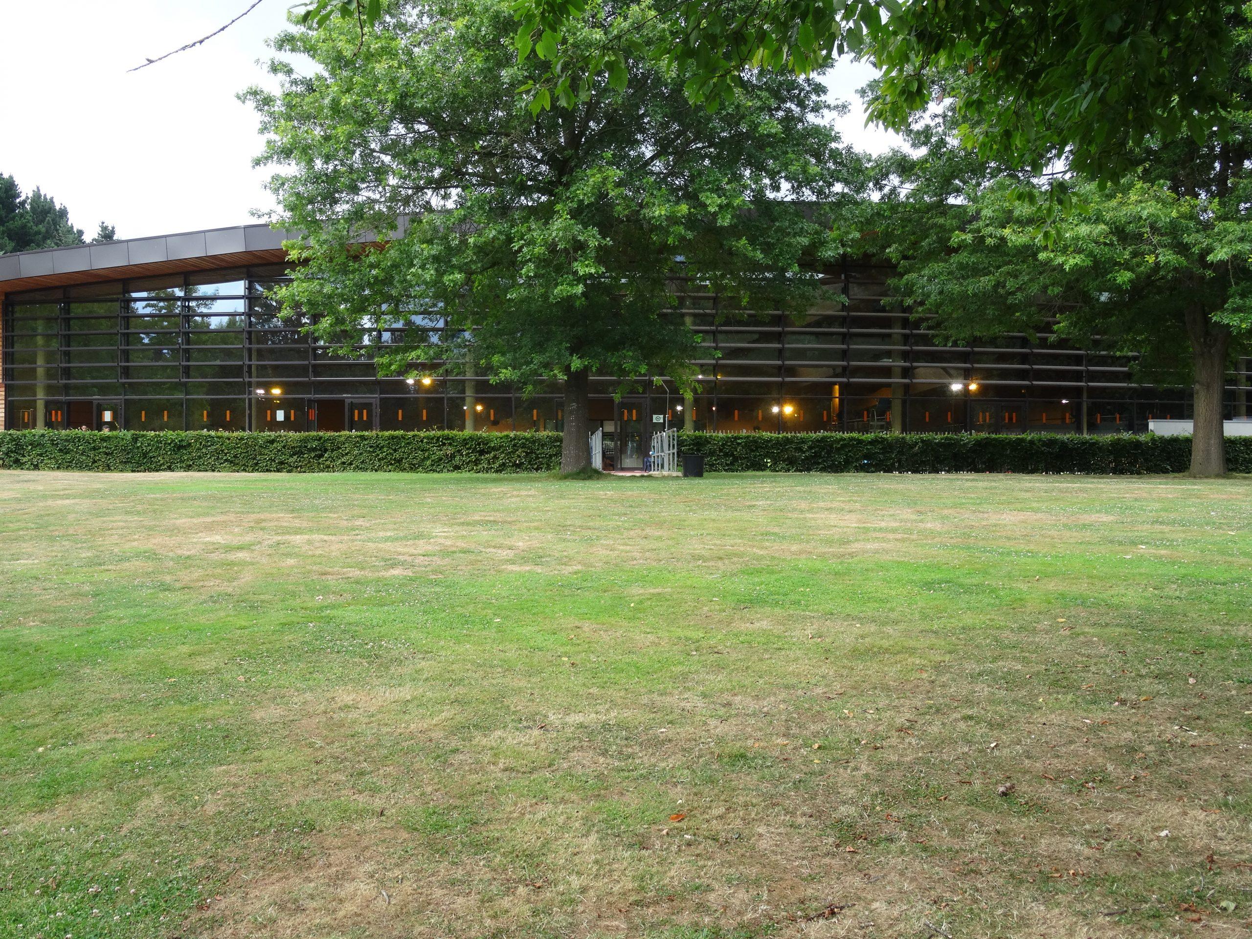 Fichier:piscine Des Gayeulles Rennes.jpg — Wikipédia dedans Piscine Des Gayeulles Rennes