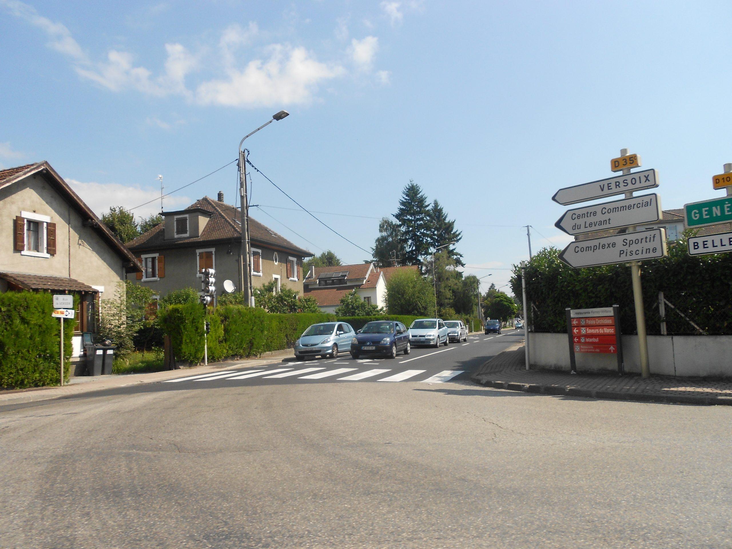 File:cruzamento De Ruas Em Ferney-Voltaire.jpg - Wikimedia ... à Piscine Ferney Voltaire