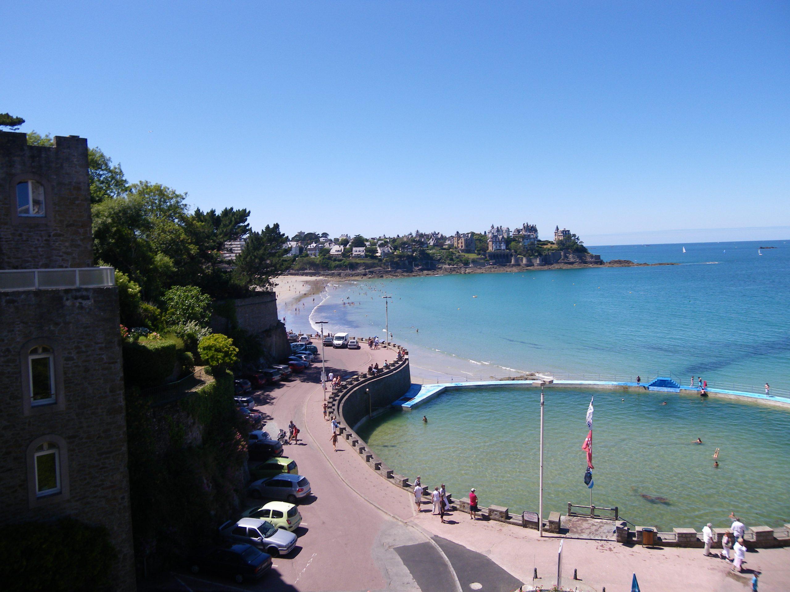File:dinard La Piscine D'eau De Mer - Panoramio.jpg ... encequiconcerne Piscine Eau De Mer