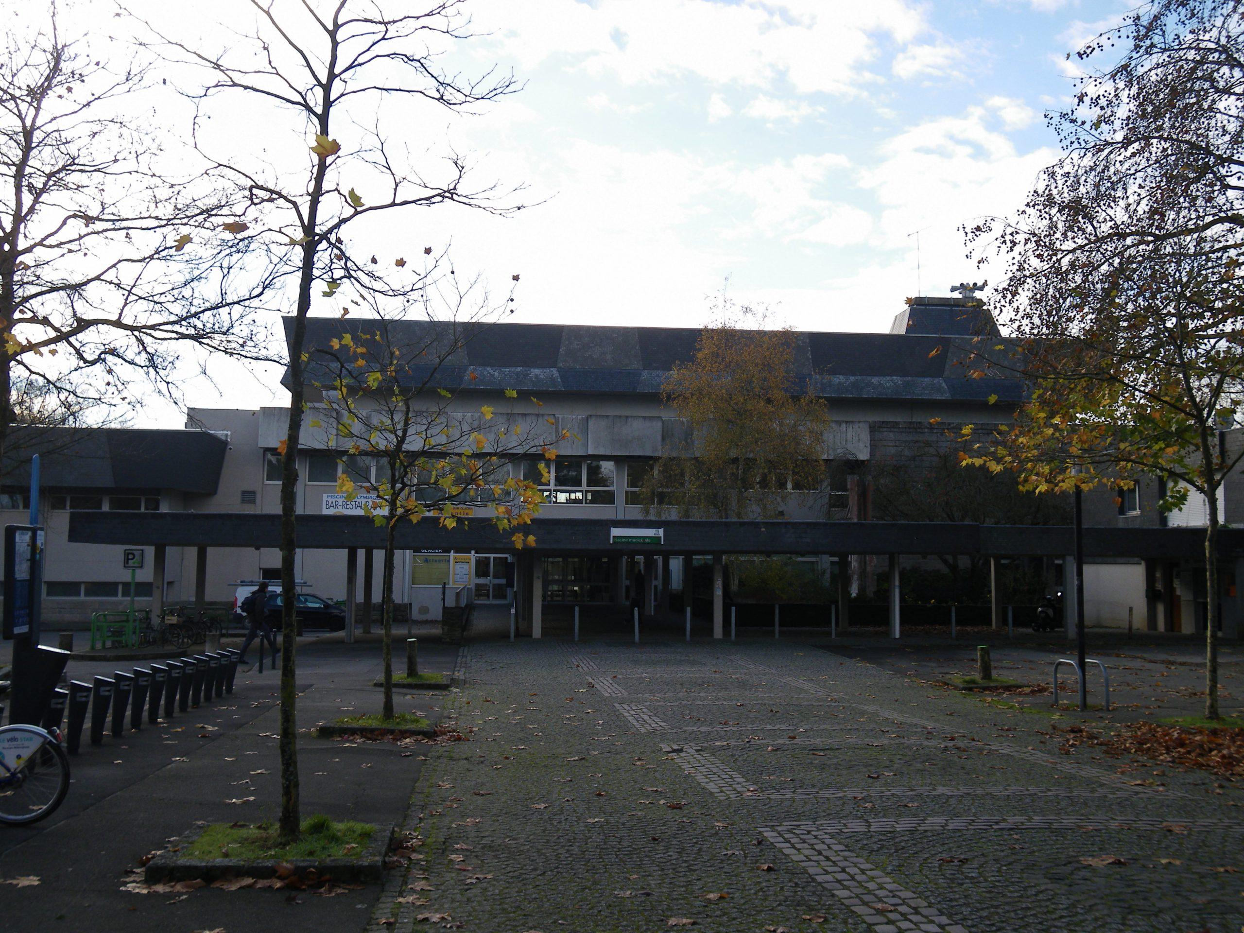 File:la Piscine De Brequigny - Panoramio.jpg - Wikimedia Commons encequiconcerne Piscine Brequigny