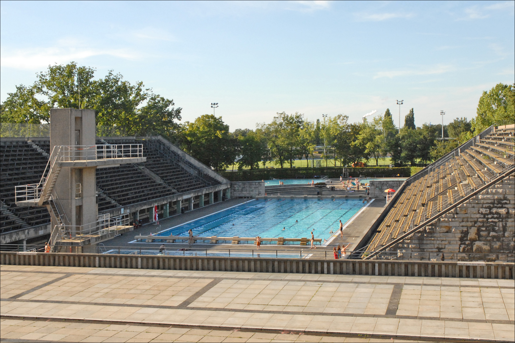 File:la Piscine Olympique (Berlin) (6307546088).jpg ... tout Dimension Piscine Olympique