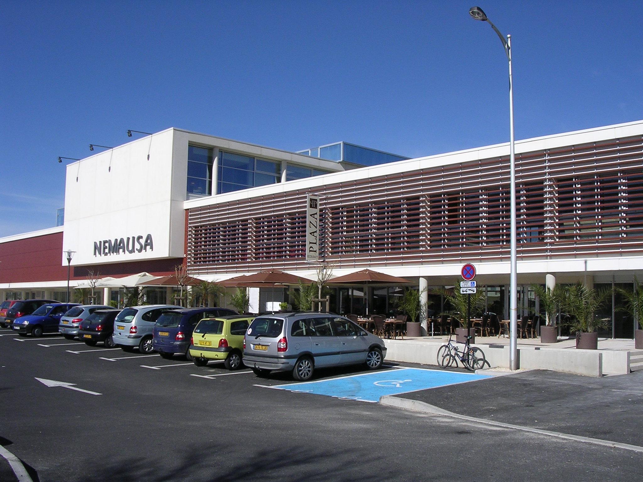 File:nîmes La Piscine Olympique Nemausa.png - Wikimedia Commons destiné Piscine Nemausa