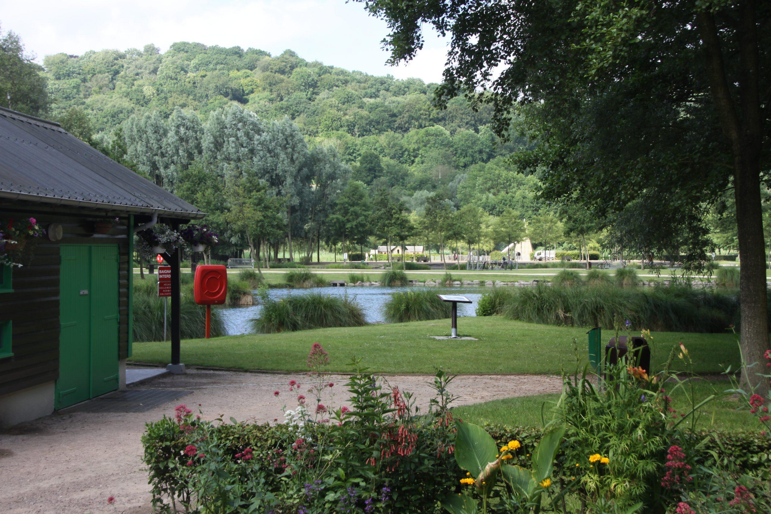 File:parc Des Aulnes De Lillebonne.jpg - Wikimedia Commons à Piscine Lillebonne