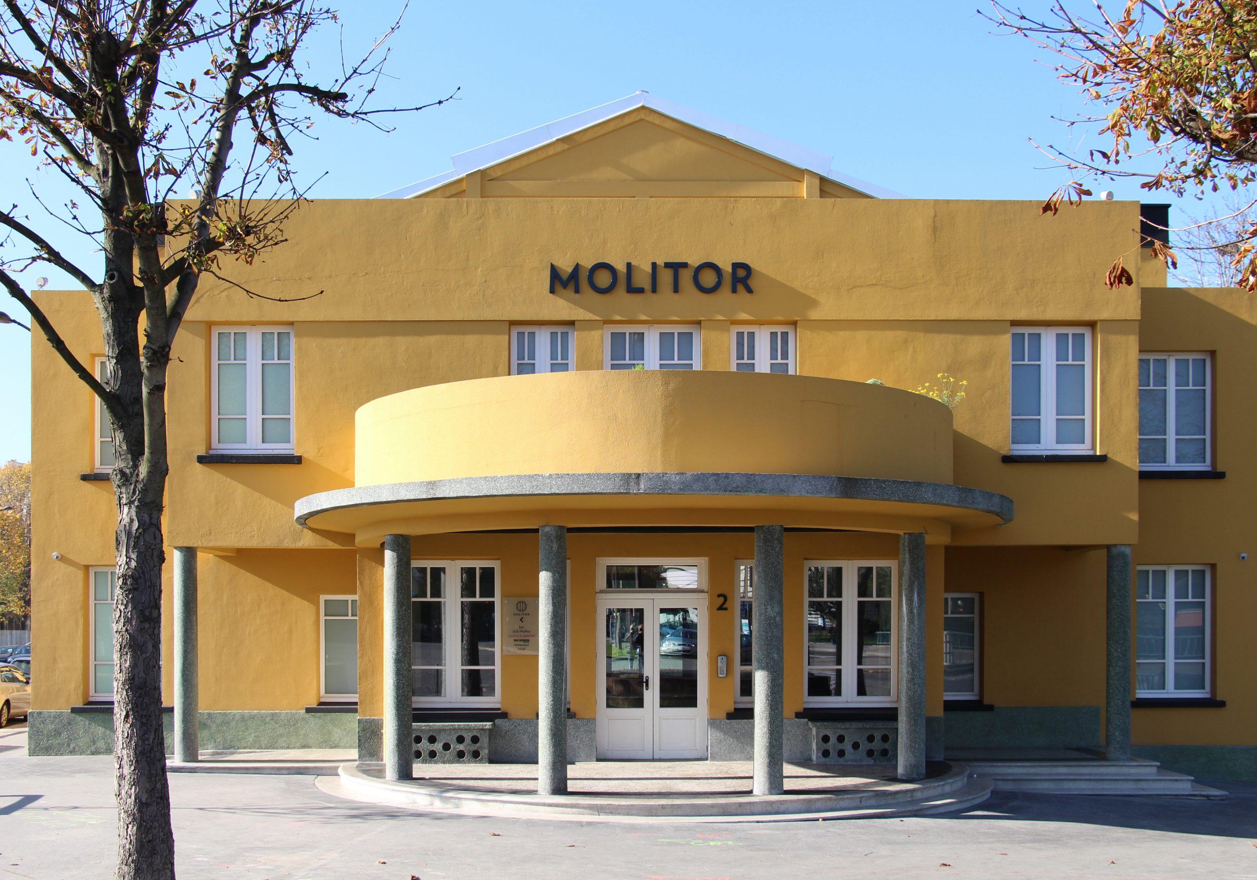 File:paris, Piscine Molitor, 1 November 2015 001.jpg ... concernant Restaurant Piscine Molitor