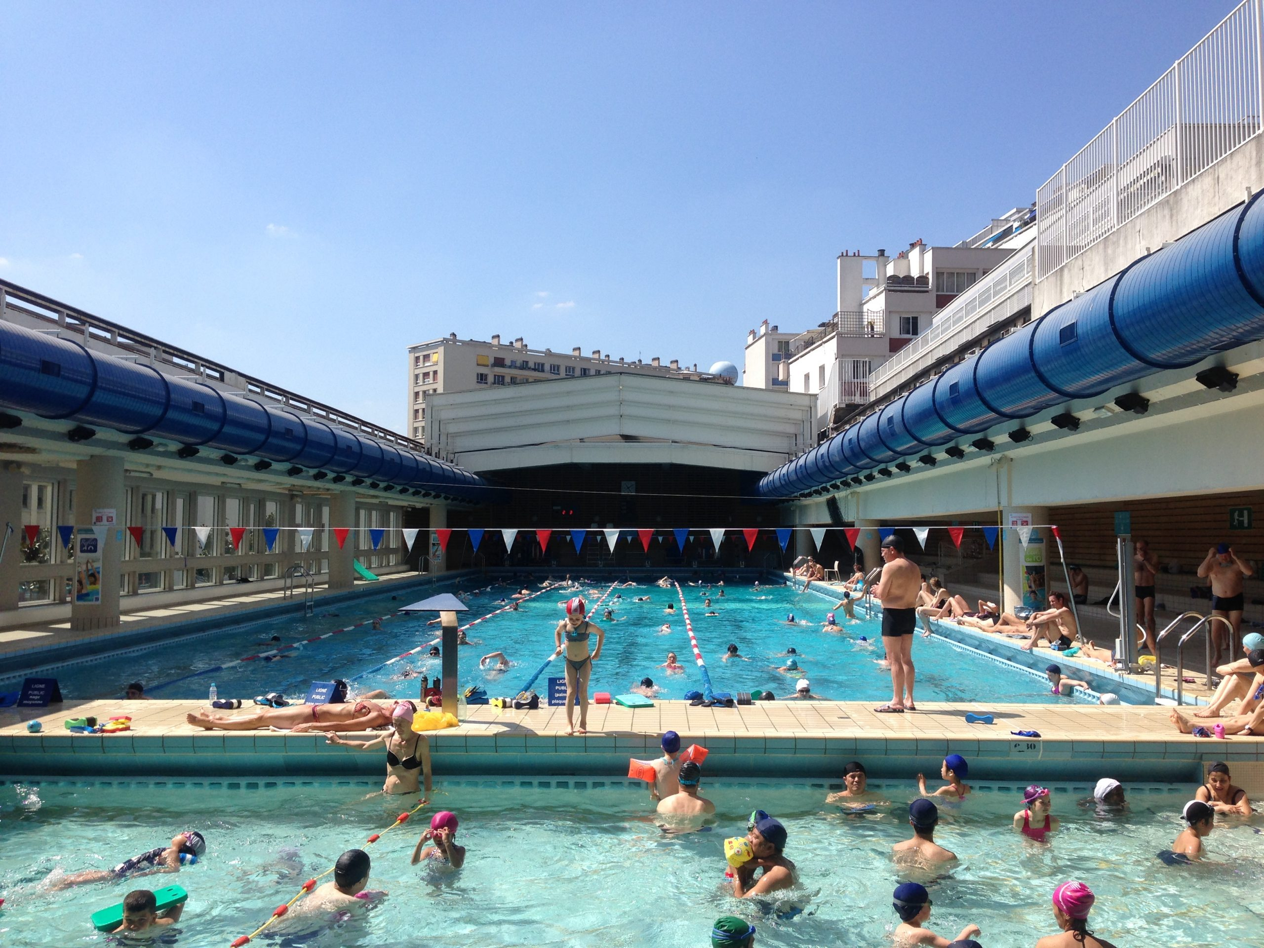 File:piscine-Keller-Decouverte.jpg - Wikimedia Commons à Piscine Originale