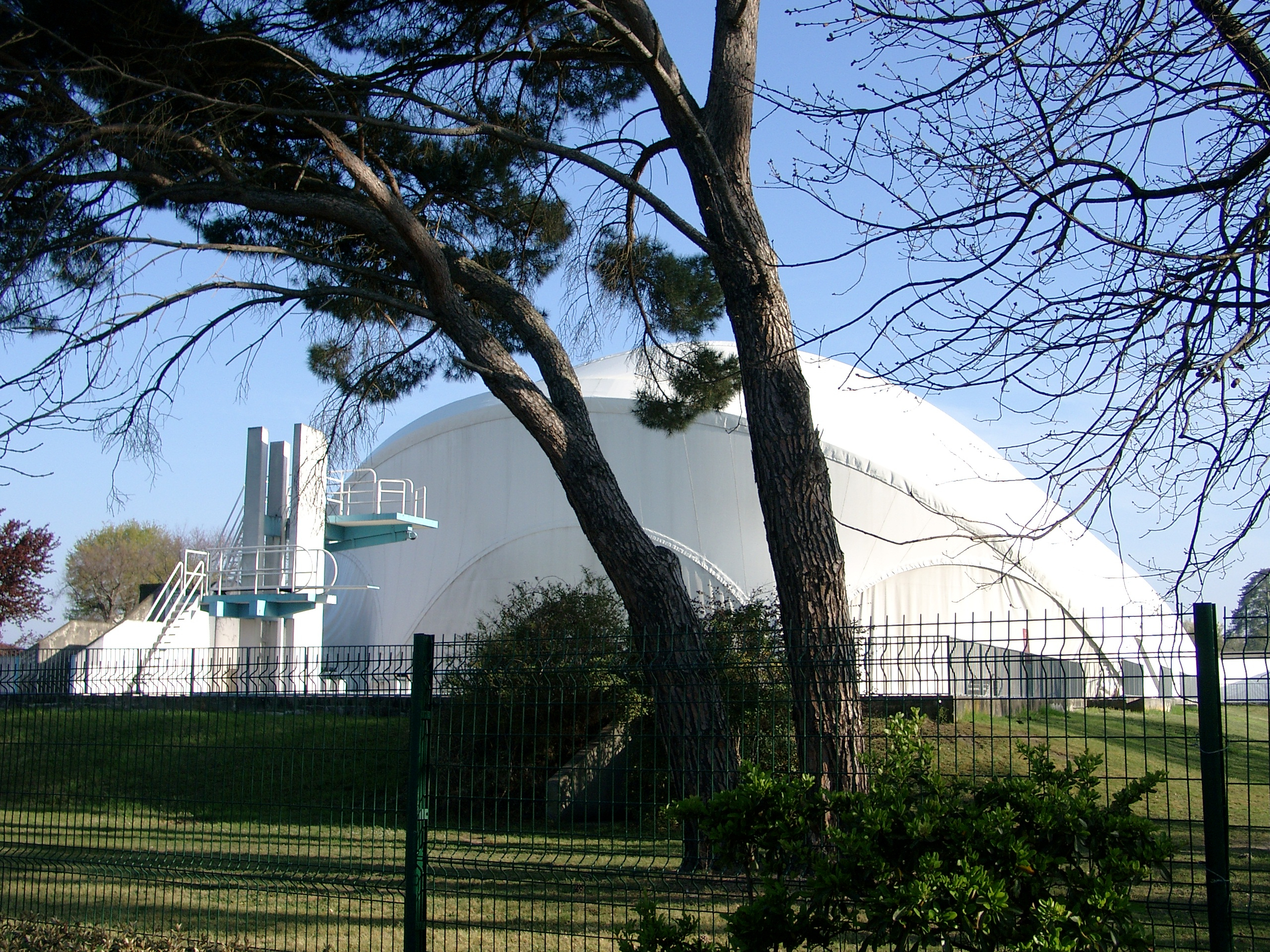 File:piscine Municipale Mérignac 33.jpg - Wikimedia Commons à Piscine De Merignac