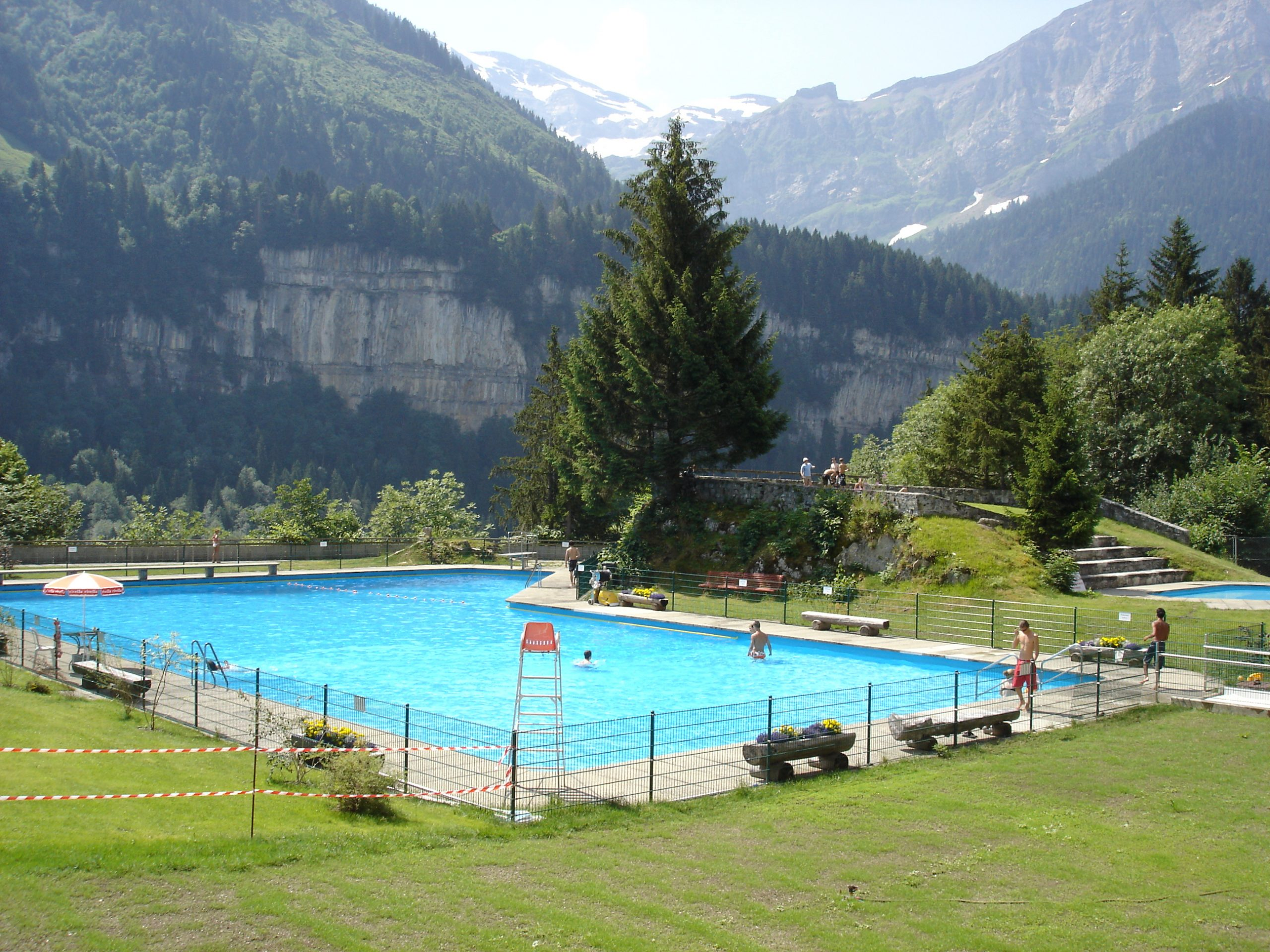 File:piscine Nouvelle.jpg - Wikimedia Commons tout Piscine Originale