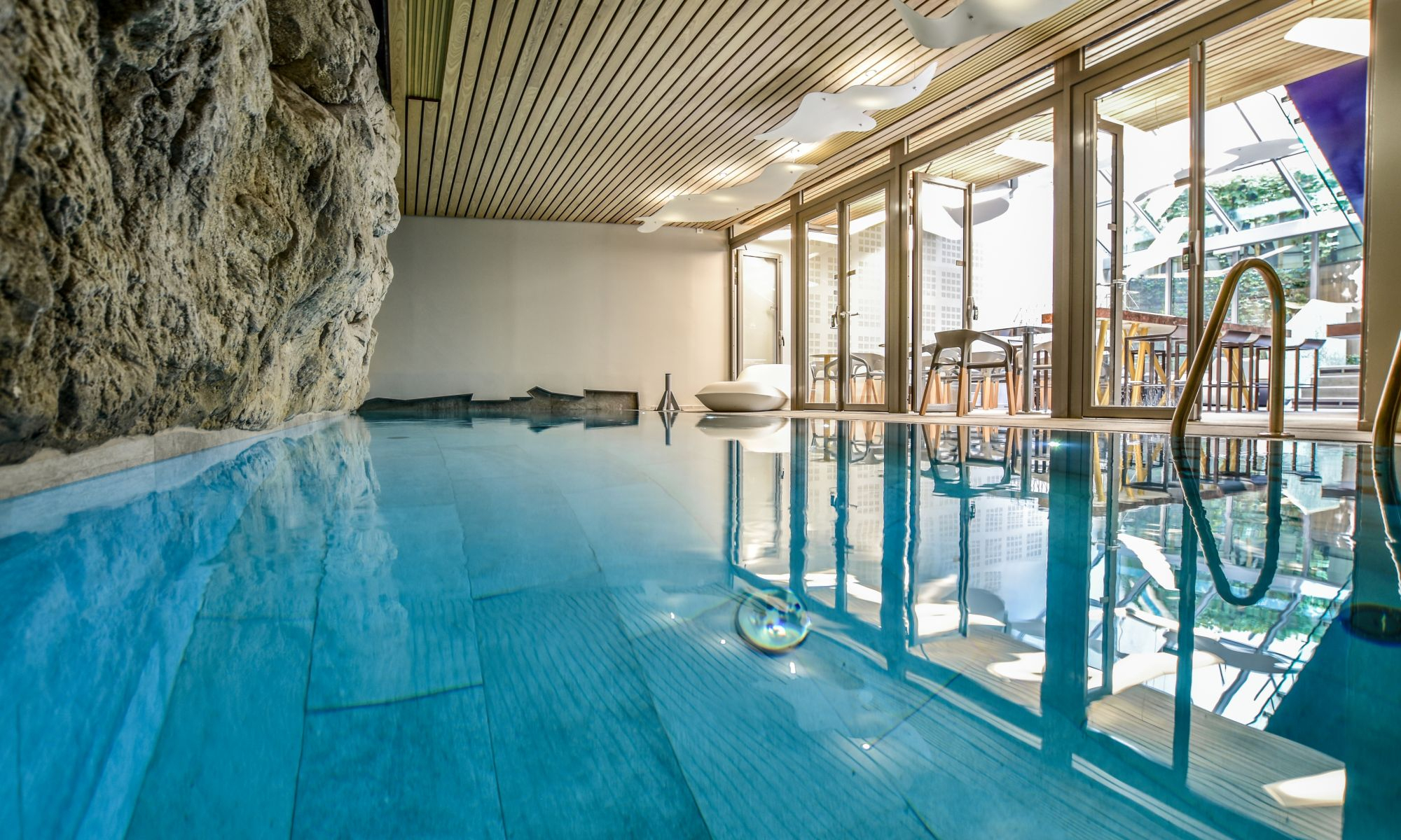 Find A Nice Hotel With Swimming Pool In Paris - Hotel 4* B55 ... avec Hotel Paris Piscine