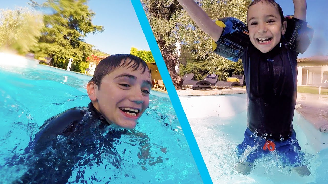 First Battling In The Pool ! - Swan & Néo Vs Mom avec Swan Et Neo Piscine