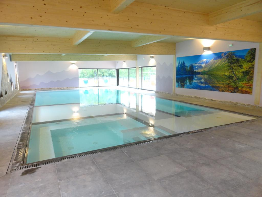 Flower Camping Bouleaux, Ranspach, France - Booking pour Camping Alsace Piscine
