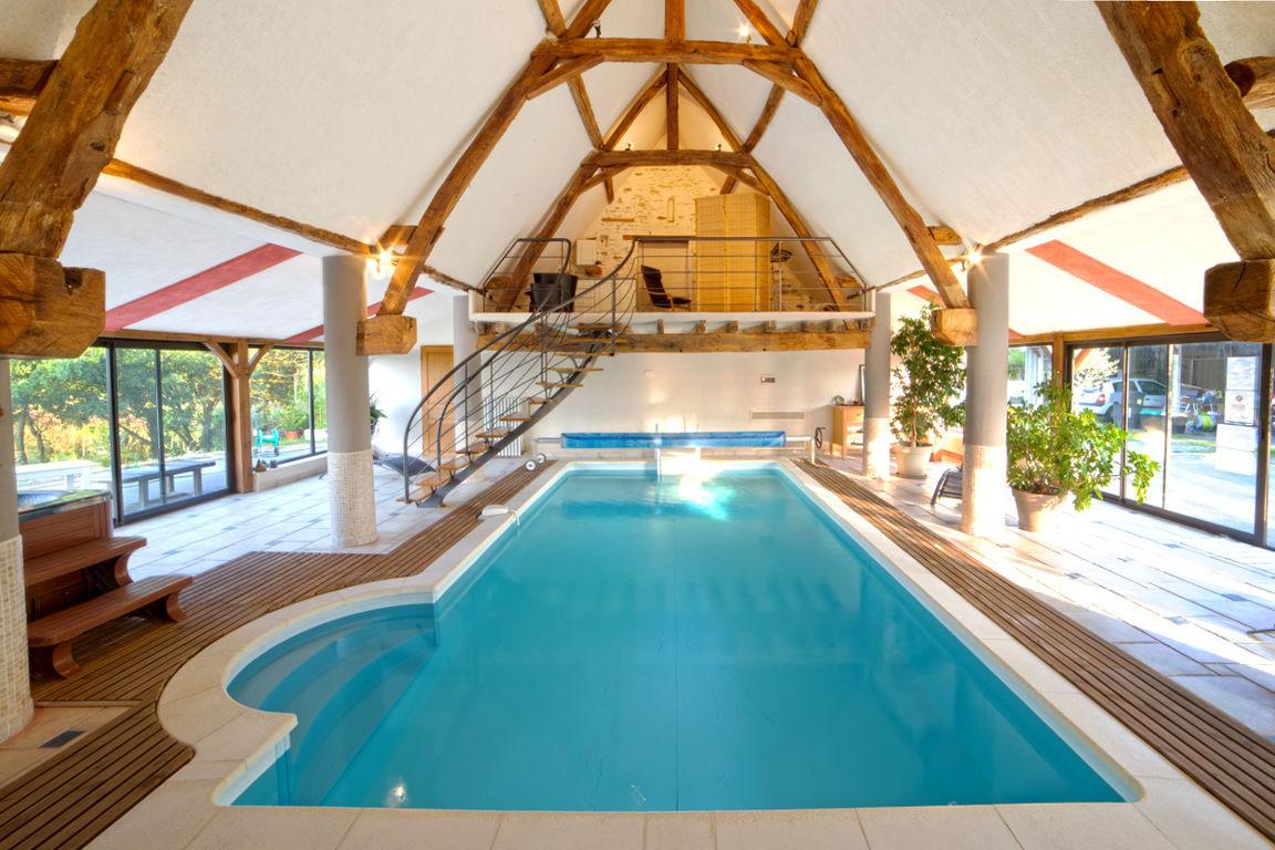 Gîte Le Grand Faîteau, Saint-Georges-Sur-Loire à Gite Pour 20 Personnes Avec Piscine Couverte