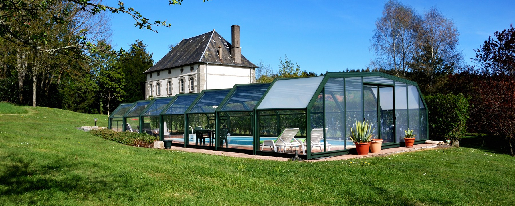 Gîte N°23G942 Les Vergnes Gite Avec Piscine À Saint Pardoux ... intérieur Piscine Aubusson