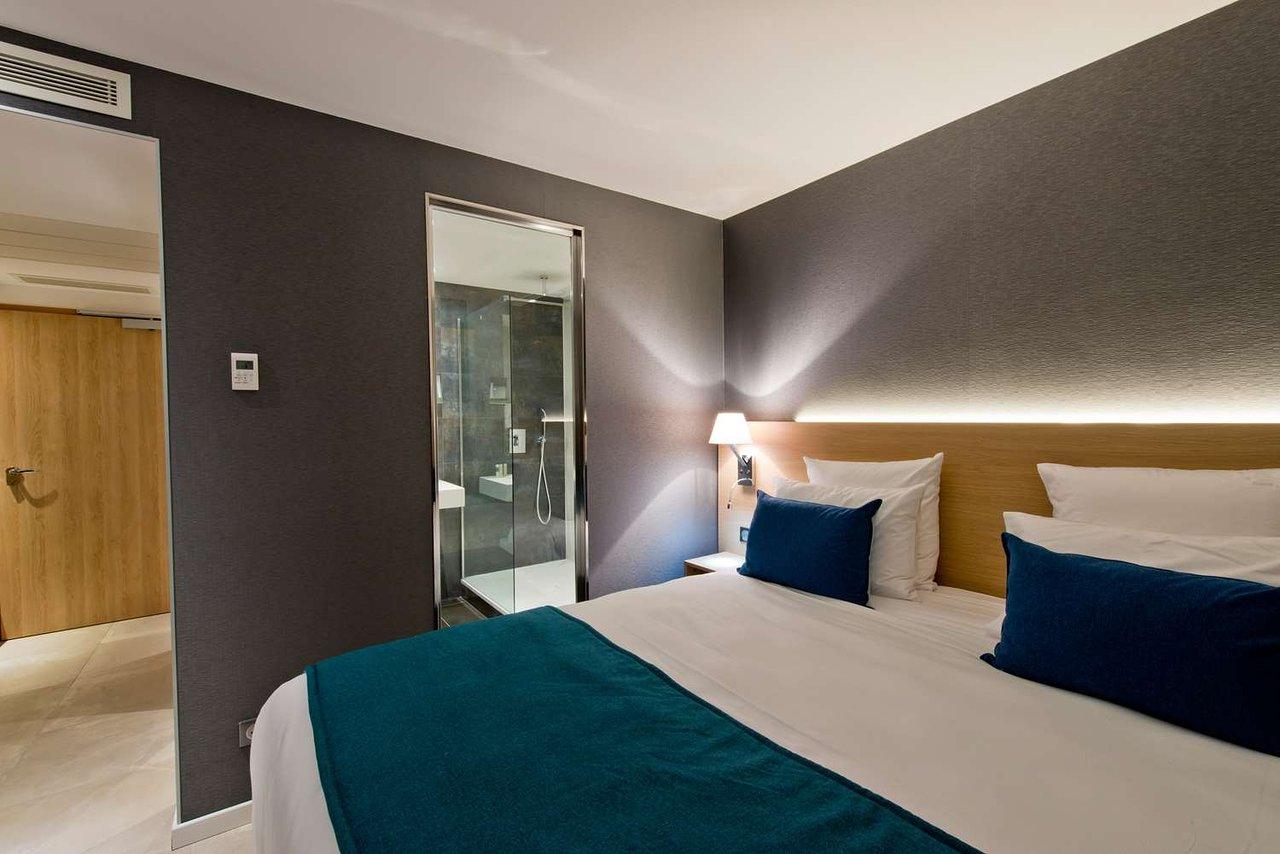 Golden Tulip Sophia Antipolis Hotel & Suites (Valbonne ... avec Piscine Sophia Antipolis