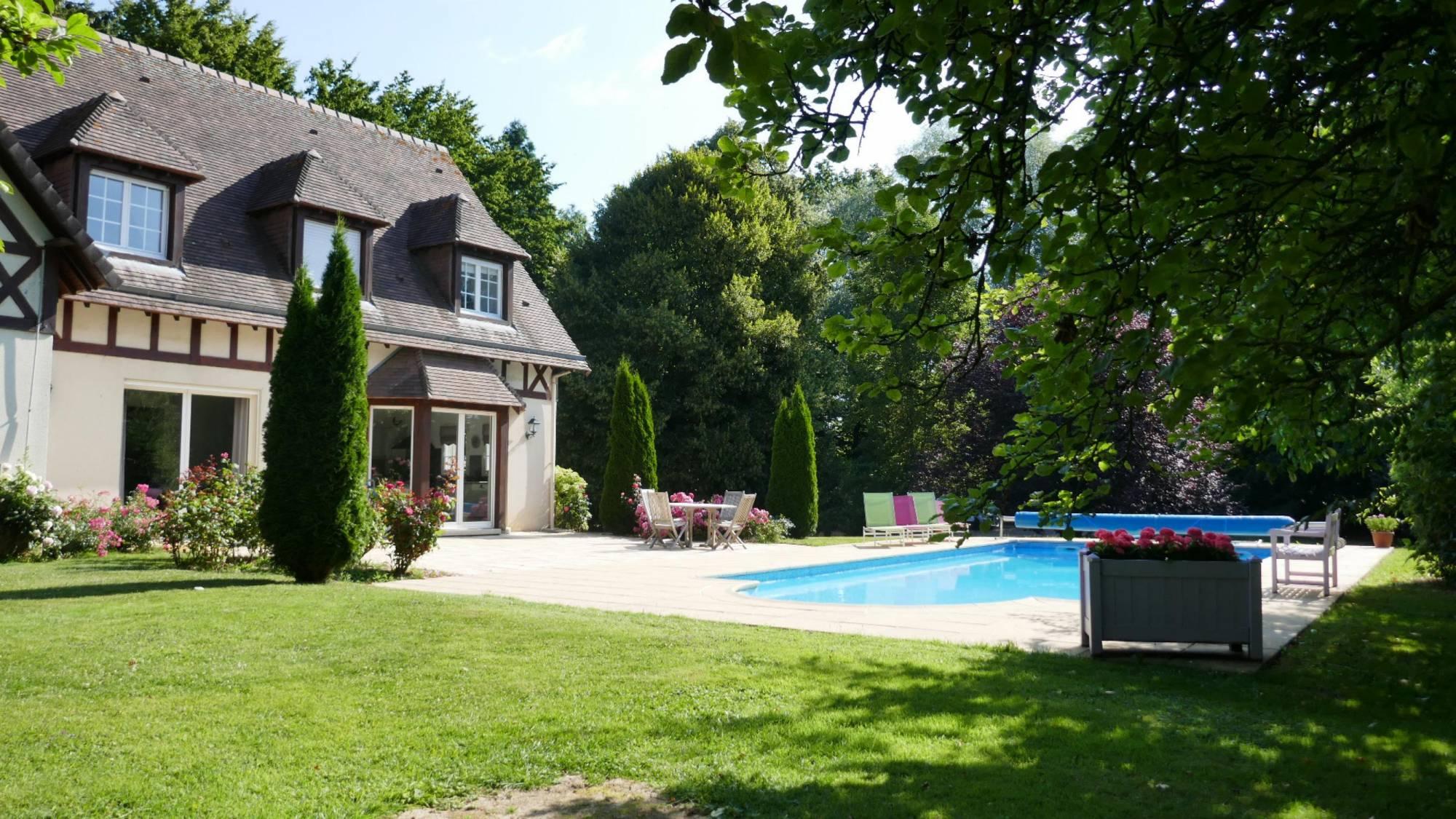 Grande Maison Normande Familiale A Vendre À Quincampoix Avec ... intérieur Maison Avec Piscine A Vendre