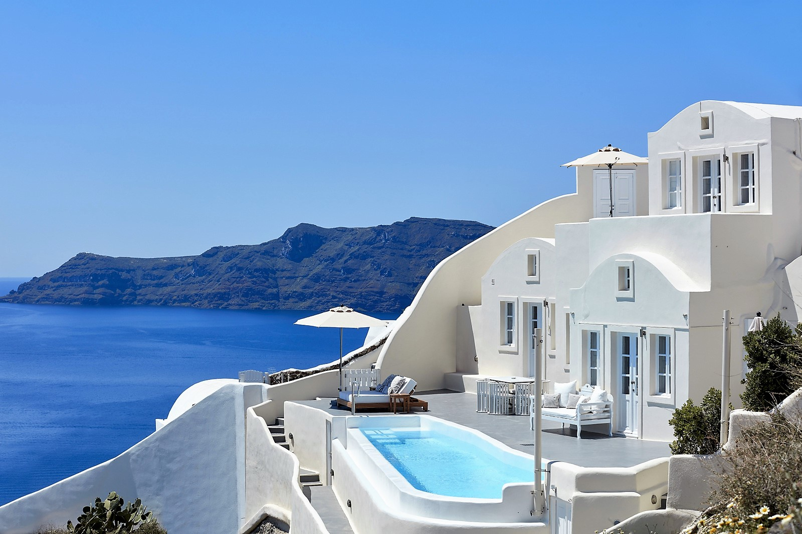 Grece Santorin Location Villa De Luxe Avec Vue Mer Et Piscine Privée serapportantà Location Maison Avec Piscine Portugal