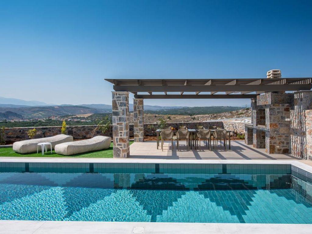 Gregory Villa Avec Piscine Privée Près De La Mer, A Design ... encequiconcerne Piscine Privée Marseille