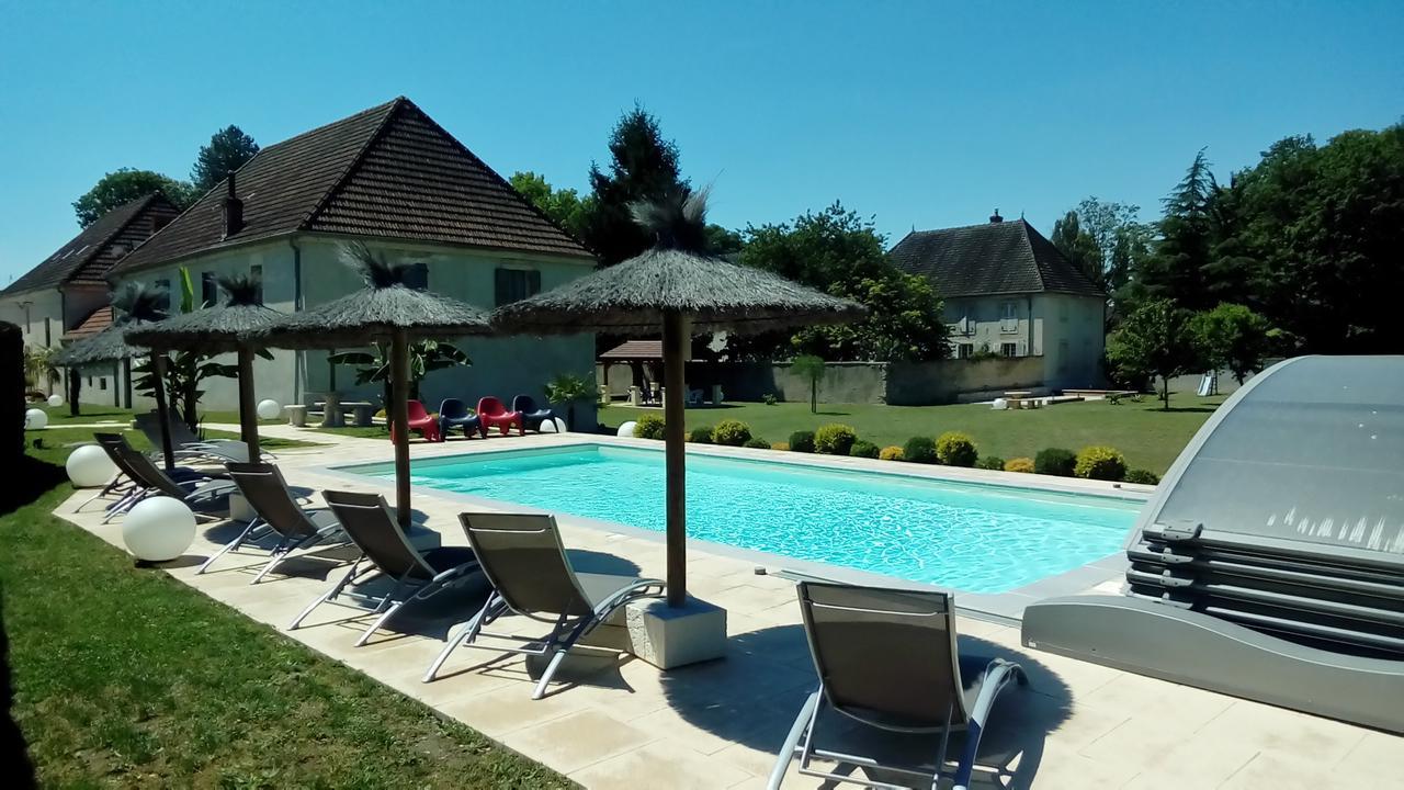 Guesthouse Le Domaine Des Papillons, Beaujeu-Saint-Vallier ... pour Piscine Saint Vallier