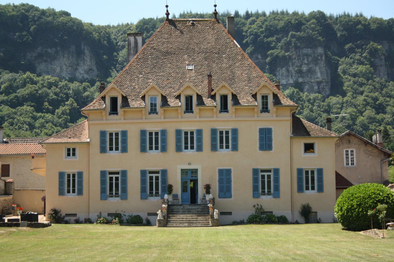 Guesthouse Relais Du Destin, Vertrieu, France - Booking concernant Piscine Saint Vulbas