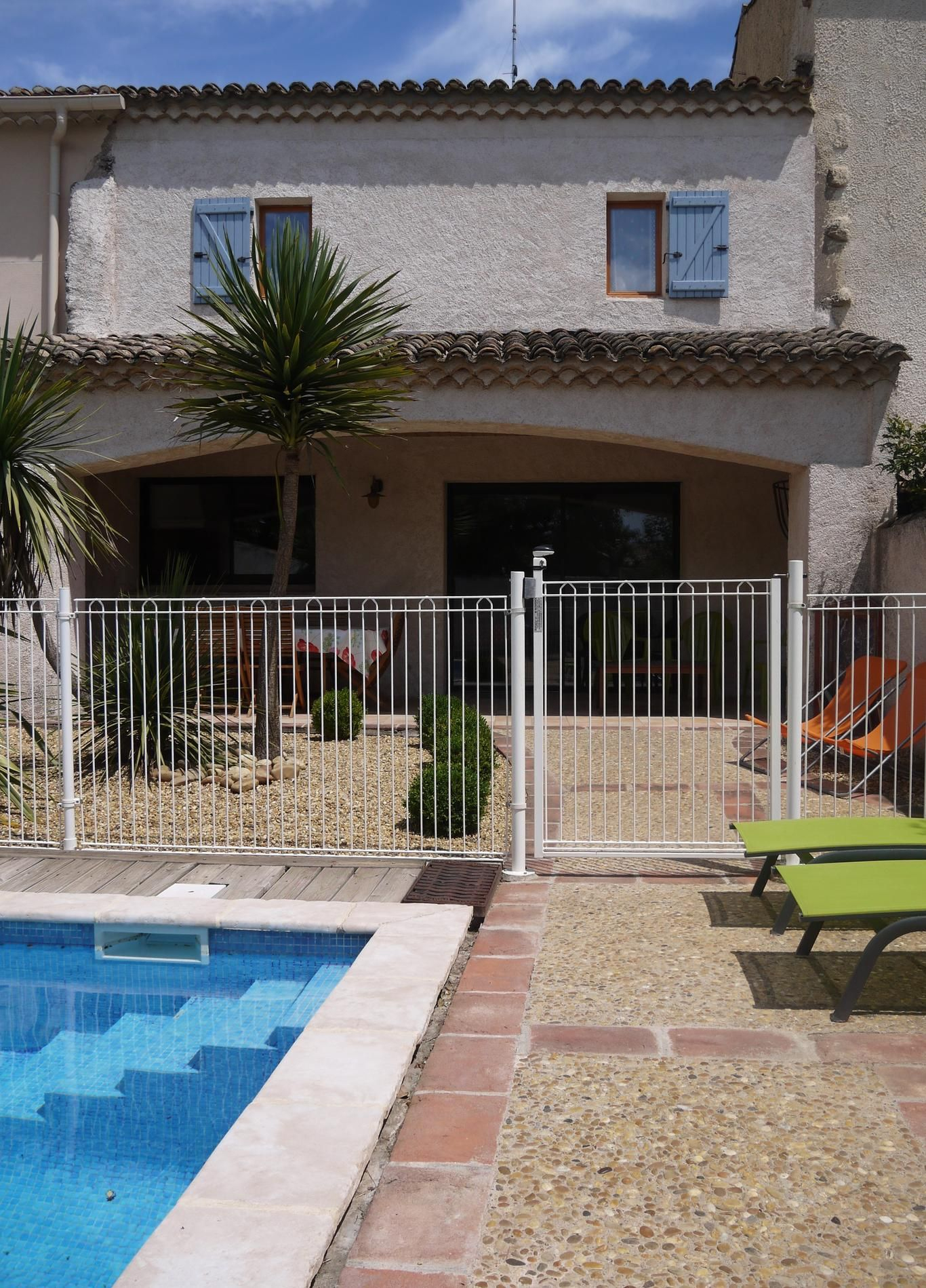 Hérault. Location D'une Maison Vigneronne Rénovée Comprenant ... avec Location Maison Avec Piscine France