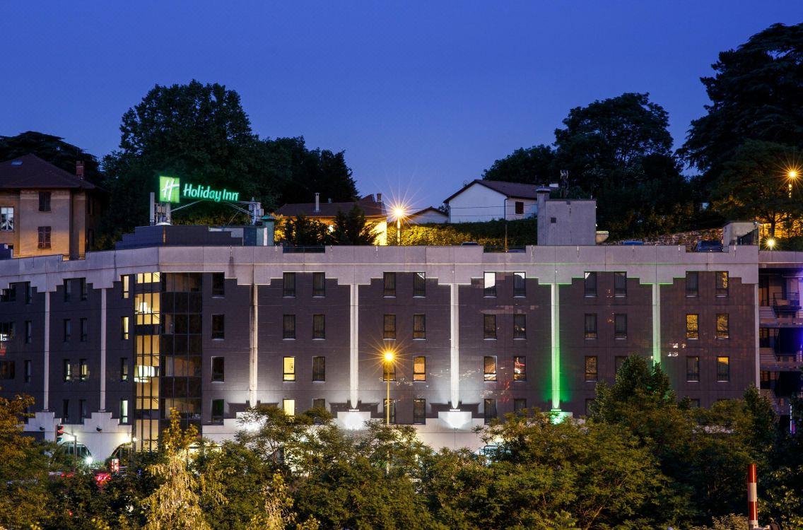 Holiday Inn Lyon Vaise, Hotel Reviews And Room Rates destiné Piscine De Vaise