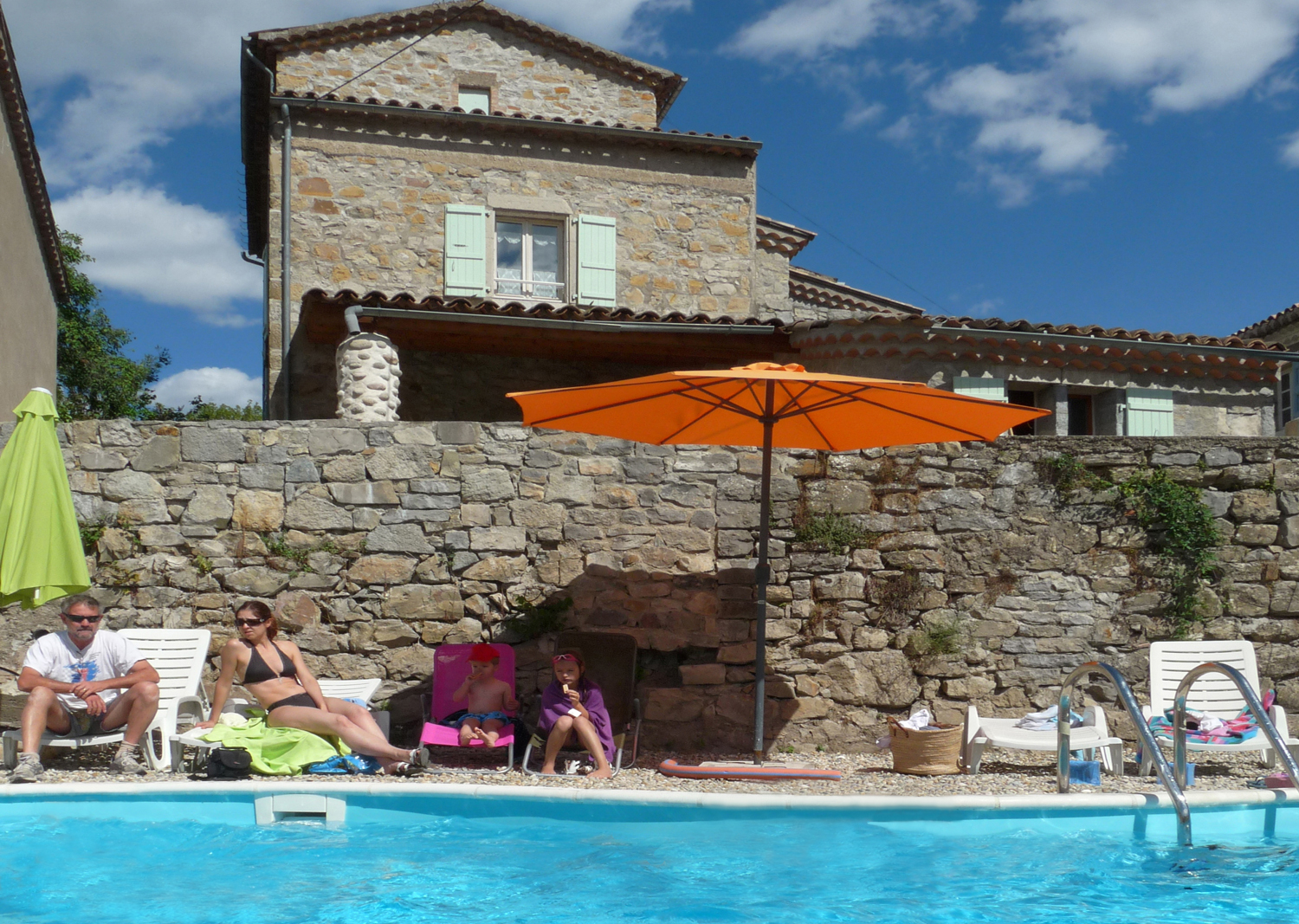 Holidays In France,in Ardeche,holidays In House To Rent pour Self Piscine