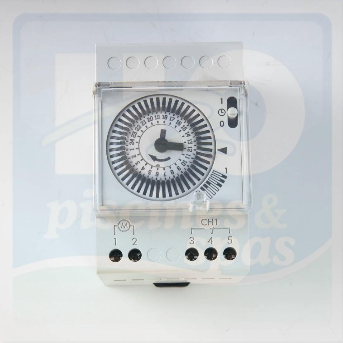 Horloge 24H/230 V Montée Sur Rail Pour Coffret De Filtration - H2O Piscines  & Spas destiné Programmateur Piscine