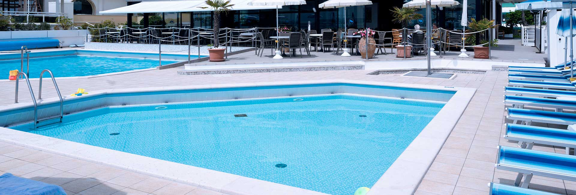 Hotel 4 Etoiles À Jesolo Lido - Hotel Bristol concernant Piscine Du Lido