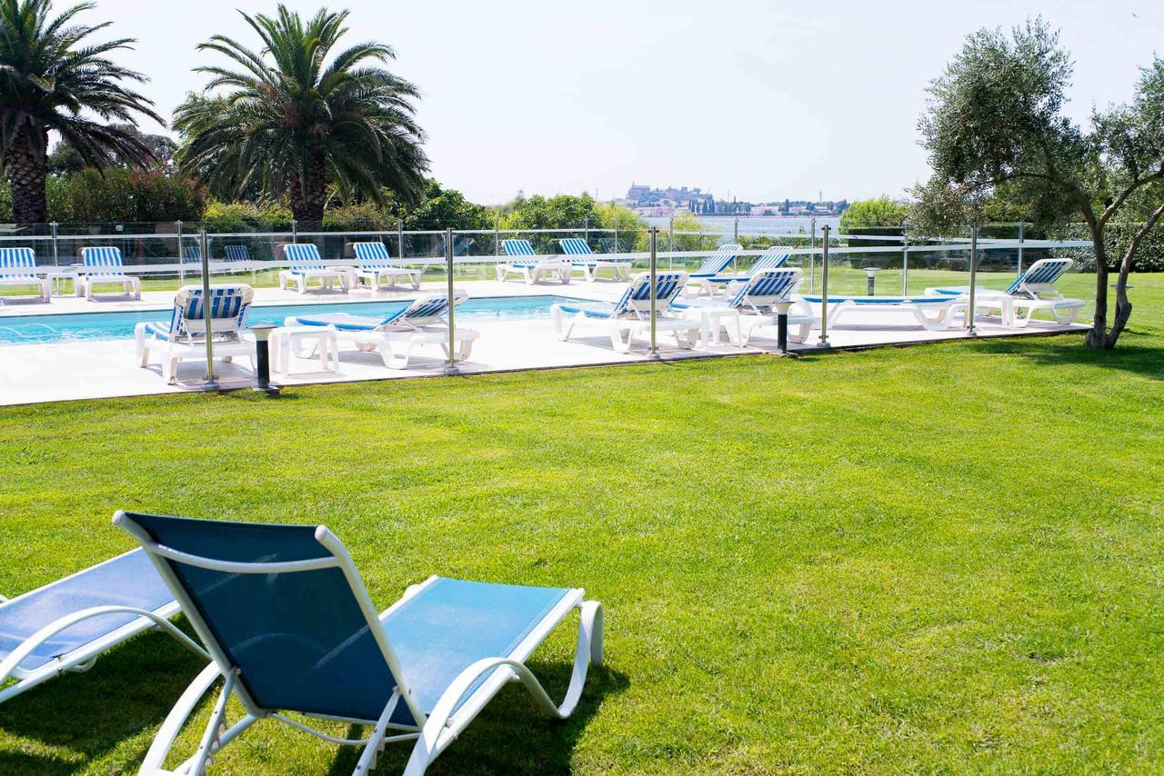 Hôtel Ariane (Fransa Fos-Sur-Mer) - Booking concernant Piscine Fos Sur Mer