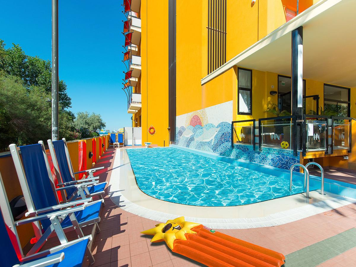 Hotel Ariane, Rimini – Tarifs 2020 tout Piscine De L Ariane