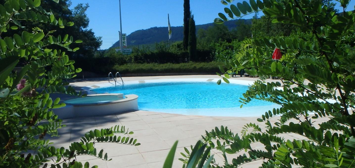 Hôtel Avec Piscine À Sisteron Pour Profiter De Vos Vacances concernant Piscine Sisteron