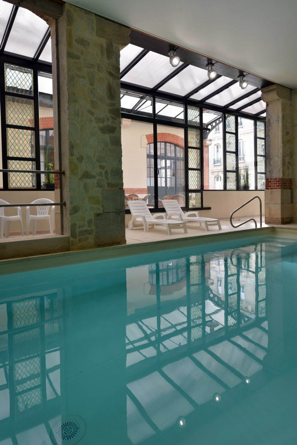 Hotel Castel Jeanson - Ay Champagne Proche Epernay Au Coeur ... encequiconcerne Piscine Epernay
