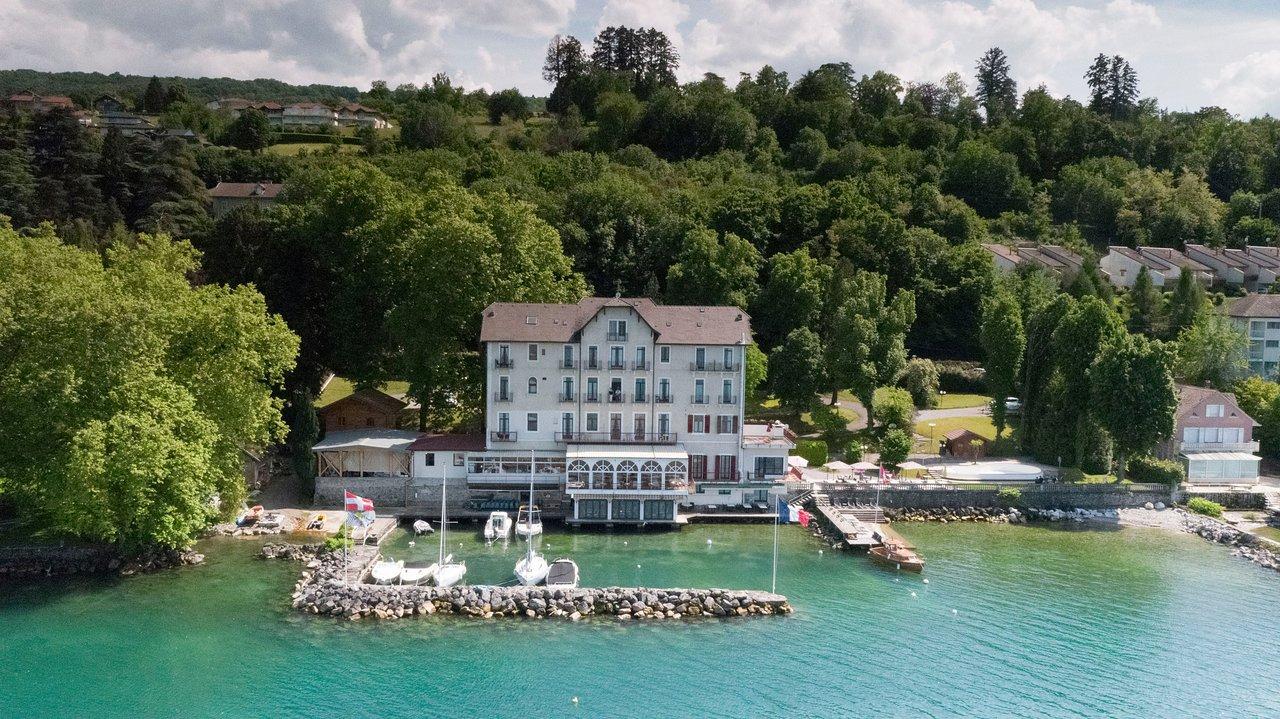 Hotel Des Princes - Prices & Reviews (Amphion Les Bains ... tout Piscine Amphion