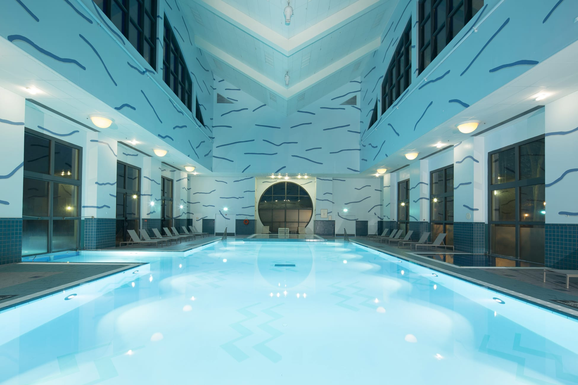 Hotel Disney's Hotel New York, Chessy - Trivago.ae destiné Hotel Paris Piscine